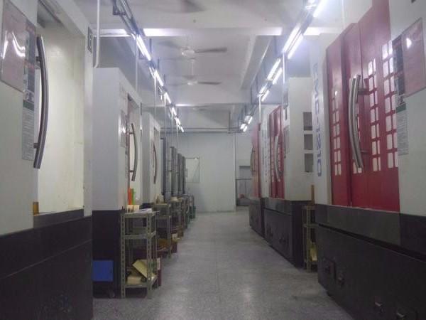 CNC手板模型加工多台五轴机生产 高精度质量保障