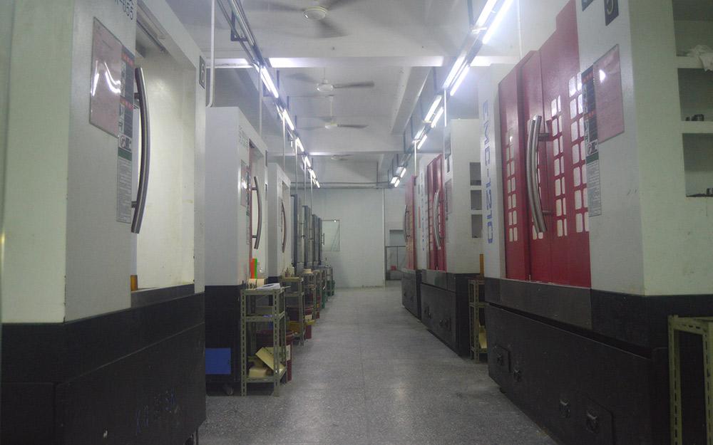 CNC生产车间_800x500